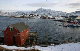 Rorbu dans les Lofoten en hiver