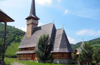 Roumanie, église en bois du Maramures