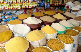 Souk aux épices à Marrakech, Maroc