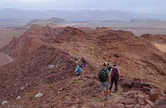 Trek dans la région minérale du Damaraland en Namibie