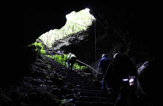 Tunnel de Lave à Pico
