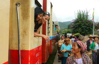 Un voyage en train en Birmanie