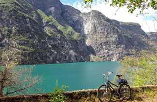 Vélo dans les fjords du Sud de la Norvège