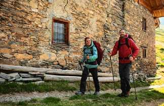 Village Randonneurs dans le Queyras