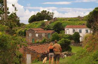 Village sur l'île de Sao Miguel aux Açores