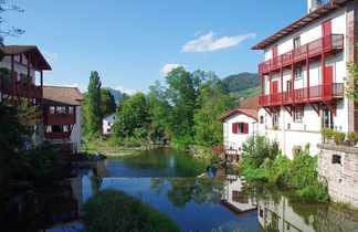 Village typique basque de St Jean Pied de Port