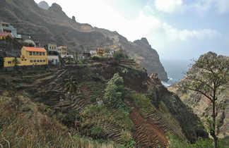 Vue sur des cultures en terrasse sur l'île de Santo Antao au Cap Vert