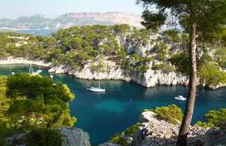 Vue sur les calanques de Cassis en Provence