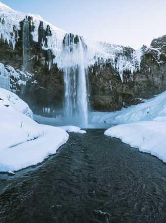 Cascade gelée d'Islande