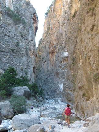 Crete, randonnée dans les gorges de Samaria,passage par les Portes de Fer