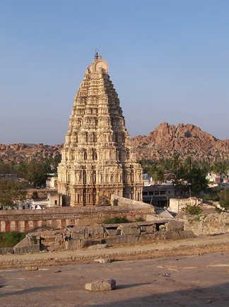 Grand temple d'Hampi, Karnataka