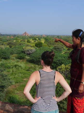 Guide expliquant les merveilles de Bagan