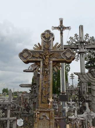 kernave colline des croix
