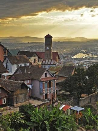 La vieille ville de Fianaratsoa @ S.Fautre