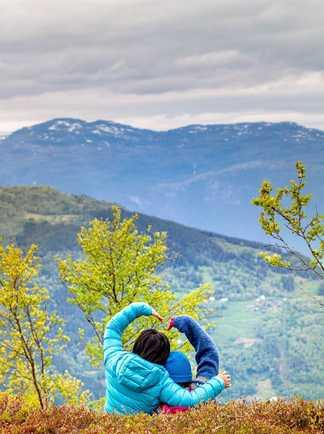 Pause face à la nature Norvégienne