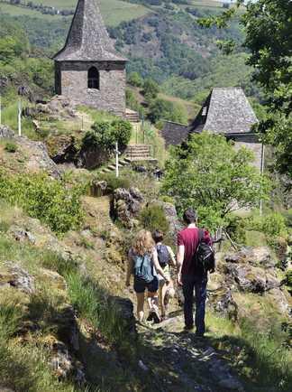 Randonnées sur le chemin de Compostelle dans la région de Conques