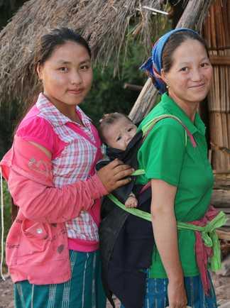 Rencontres avec les minorités du nord Laos