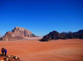 Immensité du Wadi Rum, partage en famille, Jordanie