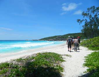 Plage de Grand Anse à La Digue aux Seychelles