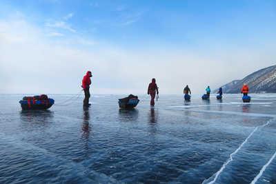 Expédition avec pulka sur le lac Baikal en Sibérie