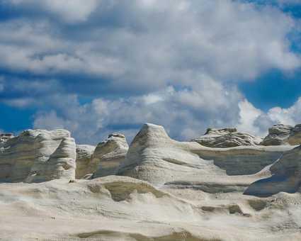 calcaire blanc de Milos, Cyclades