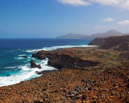 La côte de l'île de Sao Nicolau au Cap Vert