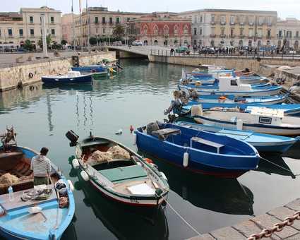 Port de Syracuse en Sicile