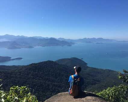 Vue depuis le Pico do Papagaio à Ilha Grande