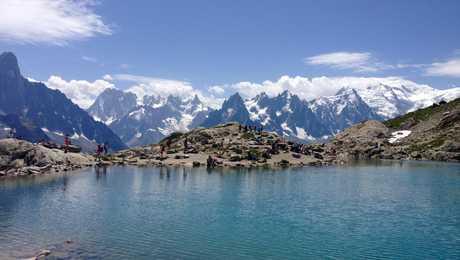 Lac blanc face au Mont Blanc à Chamonix