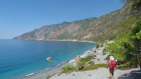 randonneur Crète d'Agia Roumeli à Loutro