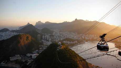 Vue imprenable sur la ville de Rio depuis le Pain de Sucre