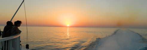 coucher de soleil en ferry