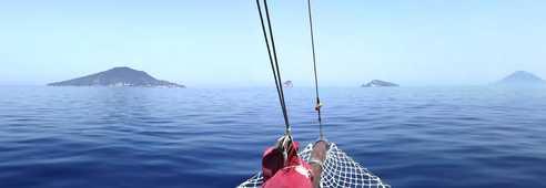 Iles éoliennes depuis la mer