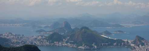 Vue sur la ville de Rio de Janeiro depuis la Pedra da Gavea
