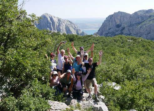 Groupe de randonneurs au Parc National de Paklenica