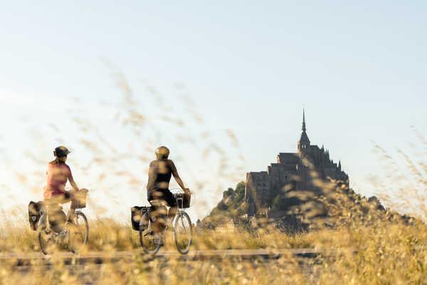 Arrivée au Mont Saint-Michel à vélo