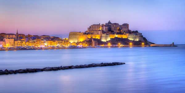 Citadelle de Calvi illuminée, Corse