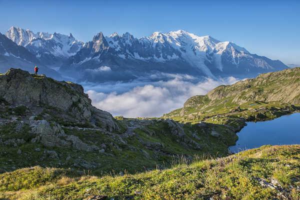 Lac Cheserys, vue sur le Massif du Mont Blanc, Alpes