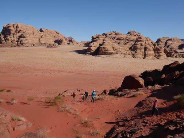 Randonnée et découverte dans le désert de Wadi Rum