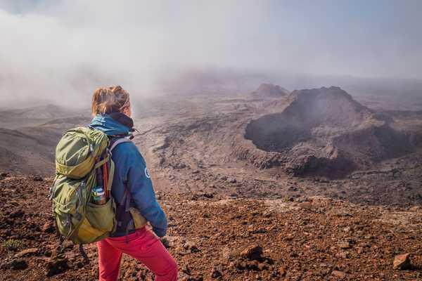 Trek et fumerolles à la Fournaise, la Réunion