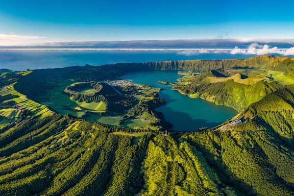 Vue aérienne du point de vue de Vista do Rei, Sao Miguel