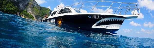 Speedboat pour les plongées daily à Bali