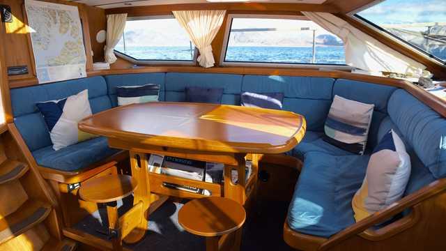 Cabine intérieure du bateau de croisière Sillage