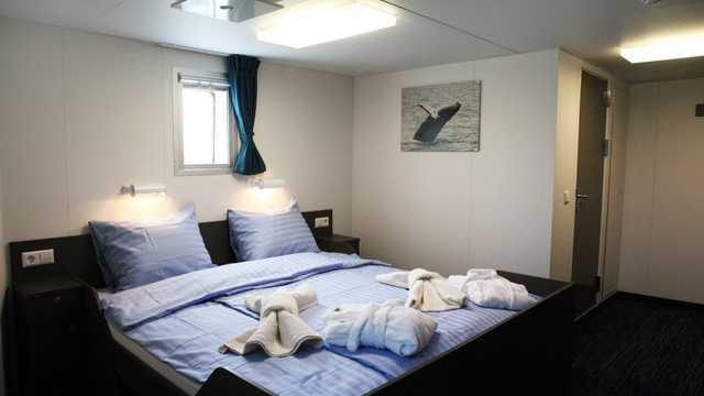 Chambre cabine en bateau croisière Ortelius