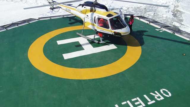 Hélicoptère depuis l'Ortelius