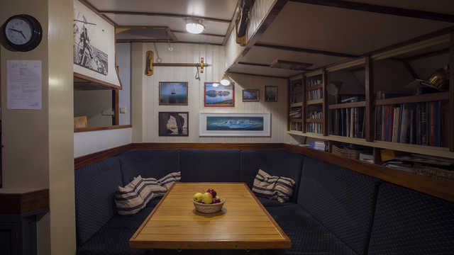 Salon du bateau Arktika, croisière Islande