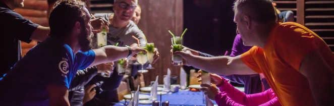Cubanisto et repas après la randonnée de la Sabina