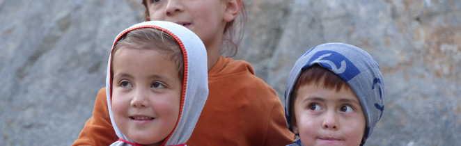 Enfants tadjiks au village de Guitan