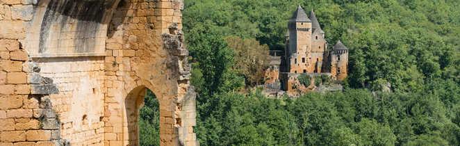 Chateau Commarque Dordogne Périgord Sud-Ouest France