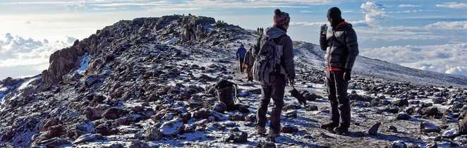 Petite pause au sommet du Kili